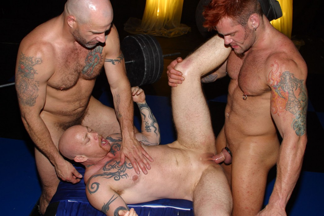 VIDEO PORNO GAY BUCK ANGEL